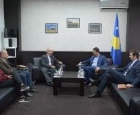 Ministri Krasniqi takoi drejtuesit e organizatës Diakonie, që kanë hapur disa ferma në Kosovë