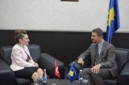 Ministri Krasniqi priti ambasadoren e re të Turqisë në Kosovë, Kivilcim Kiliç