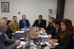 Ministri Rikalo takoi anëtarët e Komisionit Parlamentar për Bujqësi