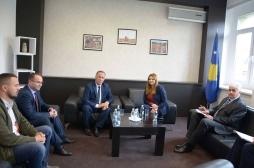 Ministrja Zivic pret në takim Kryetarin e Malishevës, Ragip Begaj