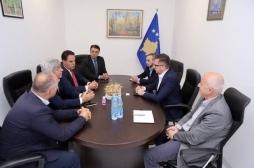 Ministri Mustafa priti në takim përfaqësuesit e Klubit të Prodhuesve të Kosovës