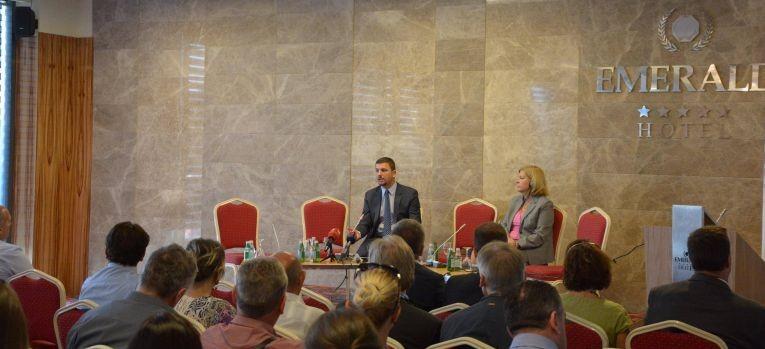 Ministri Krasniqi: Raporti i Gjelbër, dokument i rëndësishëm për orientimet programore qeveritare në bujqësi