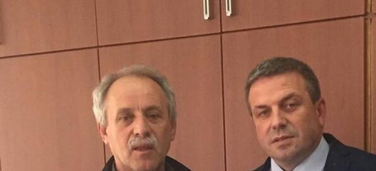 Zëvendësministri Januzi takoi kryetarin e Komunës së Fushë Kosovës, Burim Berisha