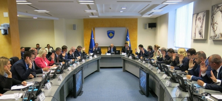 Qeveria ndau mbi një milion euro për luftimin e sëmundjes gungore të lëkurës së gjedhit